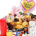 """Desayuno a domicilioQue tu madre empiece el día desayunando como una reina. Incluye globo """"Felicidades mamá""""."""